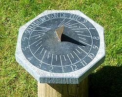 انواع زمان و اندازه گیری زمان در گذشته و باستان