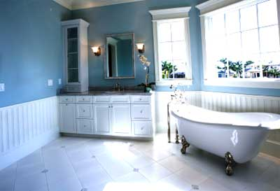 [تصویر:  2010-10-15-blue-bathroom.jpg]
