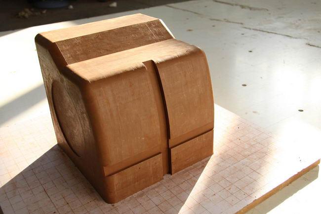 مدل سازی داشبورد R8